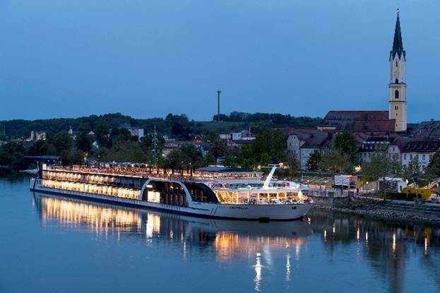 AMAWATERWAYS' REVOLUTIONARY SHIP, AMAMAGNA, WELCOMES FIRST GUESTS ON THE DANUBE RIVER